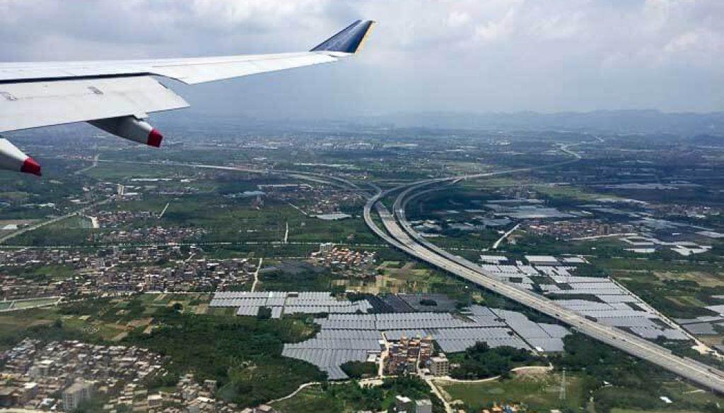 SQ SIN CAN Economy Class Approaching Baiyun Airport